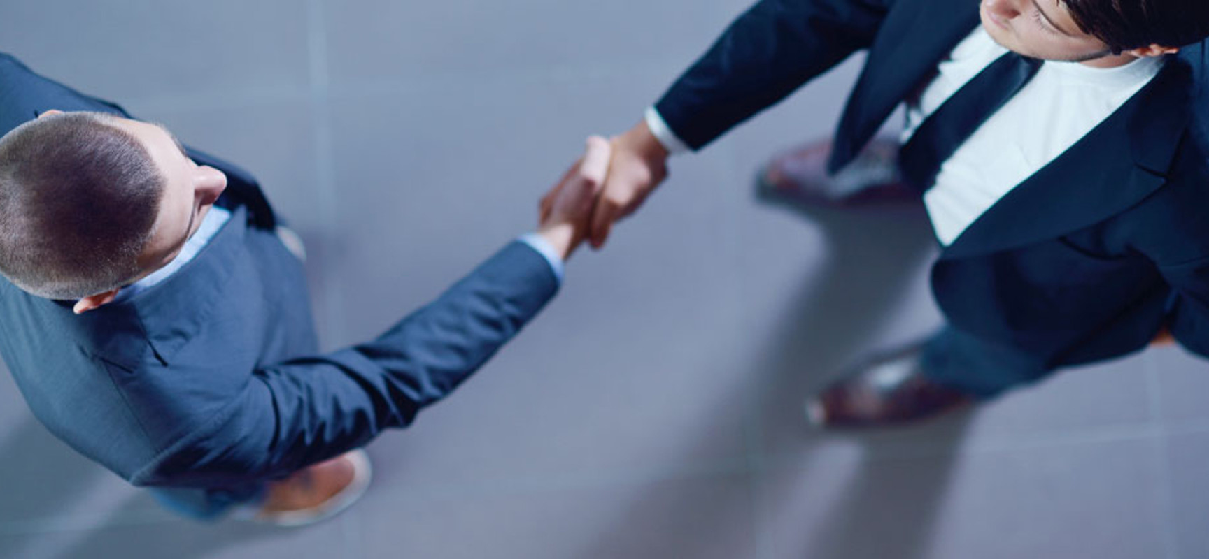 Чем отличаются договорные отношения трудового и гражданско-правового характера