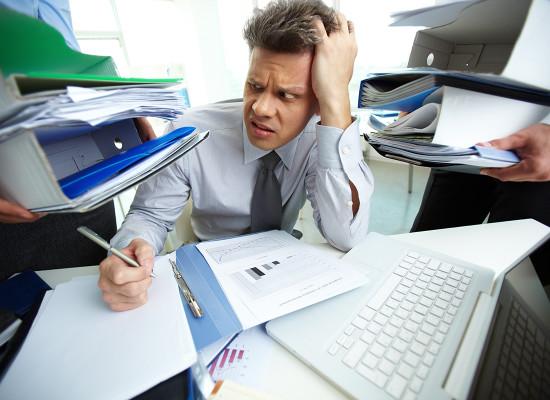 На что имеет право сверхурочно работающий сотрудник?