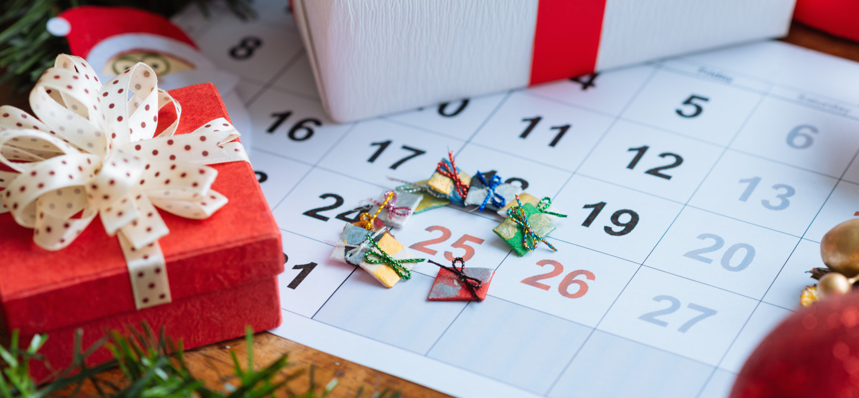 Работа в праздничные дни: оформление и оплата