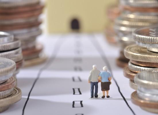 Кому и когда увеличивают пенсионные выплаты на индекс инфляции