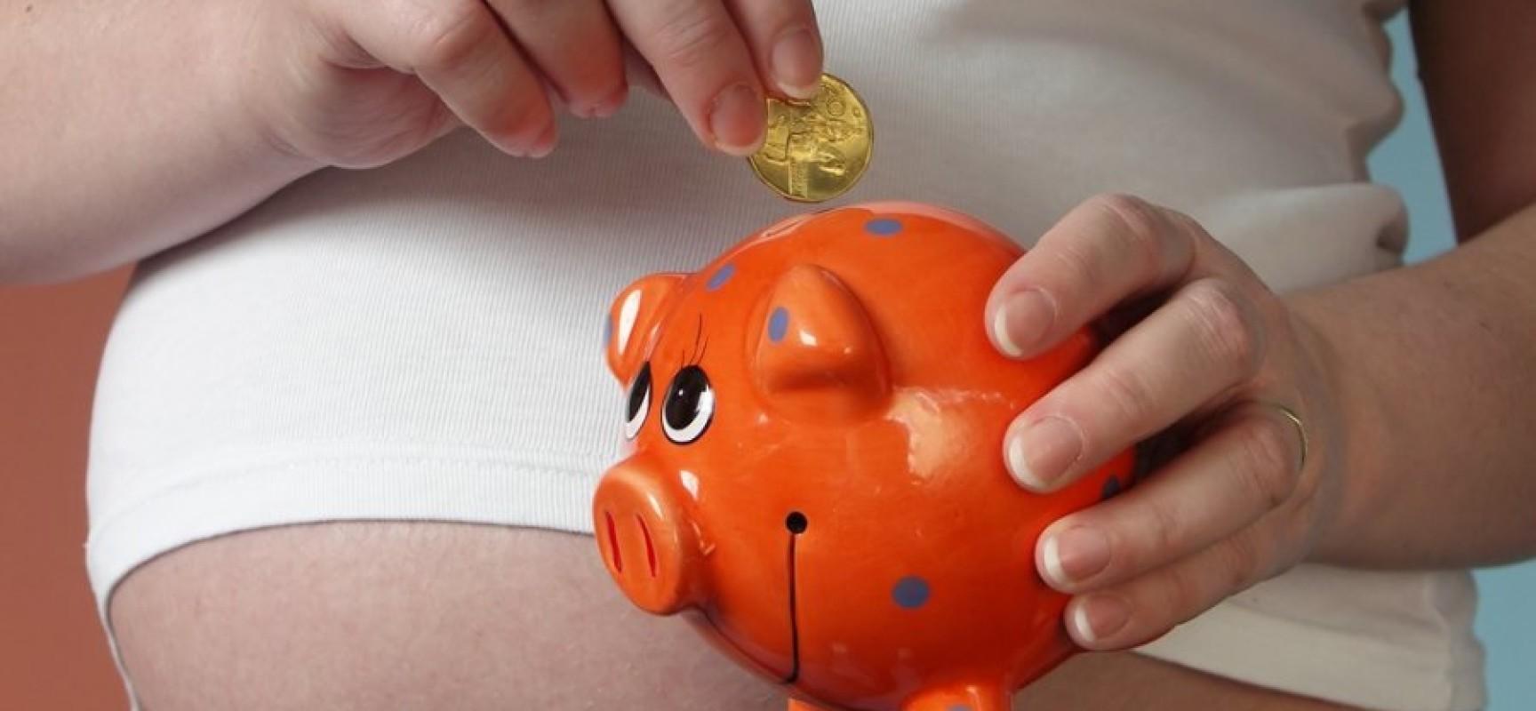 Как добиться выплаты пособий при рождении ребенка