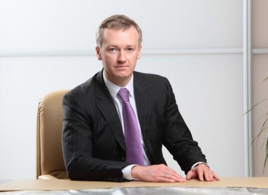 Имеет ли право генеральный директор заключать дополнительно трудовые договора на совместительство