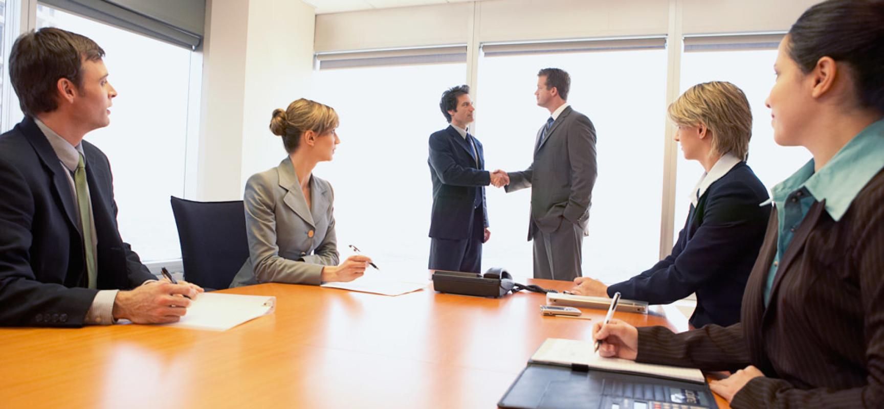 Особенности оформления прекращения трудовых отношений с директором ООО, являющегося учредителем